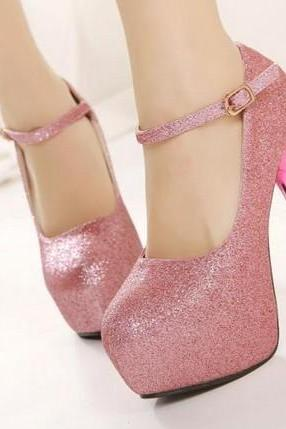 Beautiful Metallic Platform Pumps In Pink