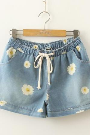 Daisy Print Drawstring Denim Shorts