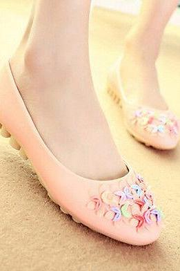 2015 Womens Fashion Lady Flat Heels New Faux Leather Sweet Flowers Pull On Shoes