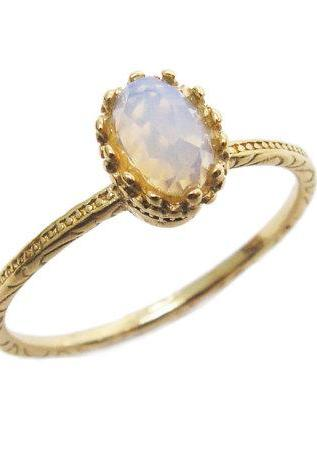 Oval Opalite gold ring. gift for her, gold ring, unique ring, trendy jewelry, gift idea, everyday jewelry.