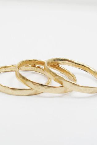 Knuckle Gold rings-set of 3 rings. Dainty knuckle gold bands.Trendy gold ring, trendy jewelry, knuckle ring, gift for her
