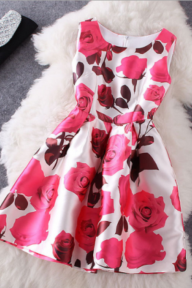 Women's Fashion Temperament Roses Printed T-Shirts Sleeveless Dress
