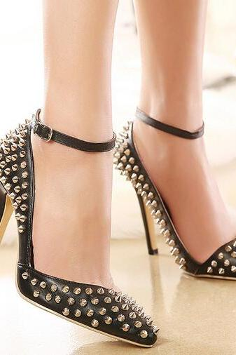 Rivet Design Pointed Toe Black Shoes