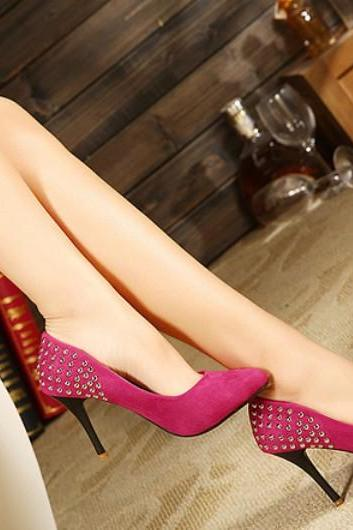 Rose Rivet Design Pointed Toe Thin Heel Pumps