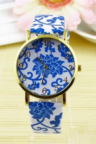 flower watch, flower leather watch, floral watch, leather watch, bracelet watch, vintage watch, retro watch, woman watch, lady watch, girl watch, unisex watch, AP00098