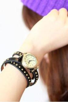 leather bracelet watch, black leather watch, 3 round leather watch, vintage watch, retro watch, woman watch, lady watch, girl watch, unisex watch, AP00150