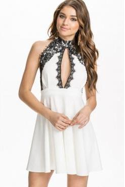 Cheap Sexy Halter Neck Tank Sleeveless Lace Decorated White Polyester Mini Skater Dress