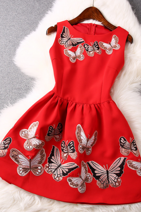 2015 heavy butterfly embroidery lace stitching sleeveless dresses