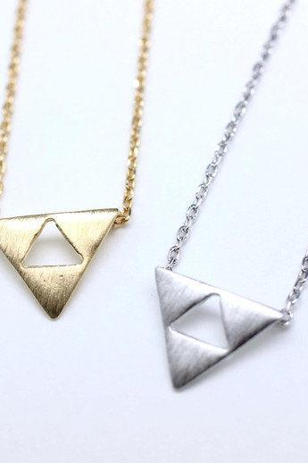 Tri Force Necklace in gold / silver