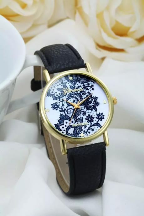 Lace watch, black leather watch, leather watch, bracelet watch, vintage watch, retro watch, woman watch, lady watch, girl watch, unisex watch, AP00182