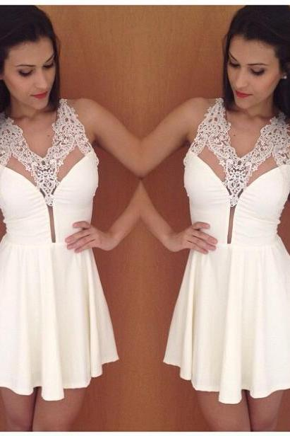 Sexy V Collar Sleeveless White Lace Stitching Chiffon Dress