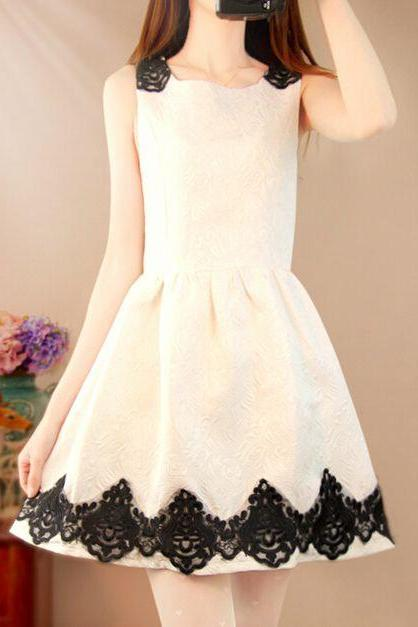 Beautiful Sleeveless White Dress With Black Lace Detail