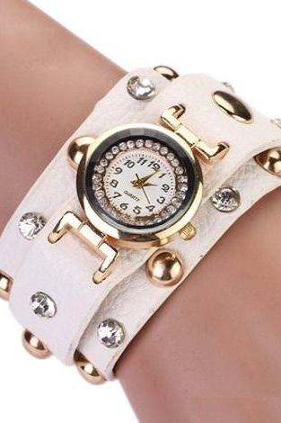 Rock girl fashion white Pu leather band watch