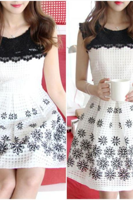 Cute White Floral Sleeveless Dress With Black Lace Details