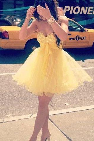 Adorable Daffodil Rhinestones Short Prom Dress Ball Gown Yellow Tulle Sweetheart Neckline Mini Length Homecoming Dress Cocktail Dress,Wedding Party Dress