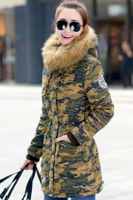 Camouflage Winter Jackets for Women Green Overcoat Down Parkas Sizes 6,8,10