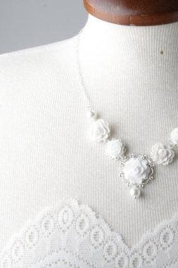 Bridal flower wedding necklace - white wedding - vintage style flower necklace - shabby chic - pearl and flower necklace - garden wedding -