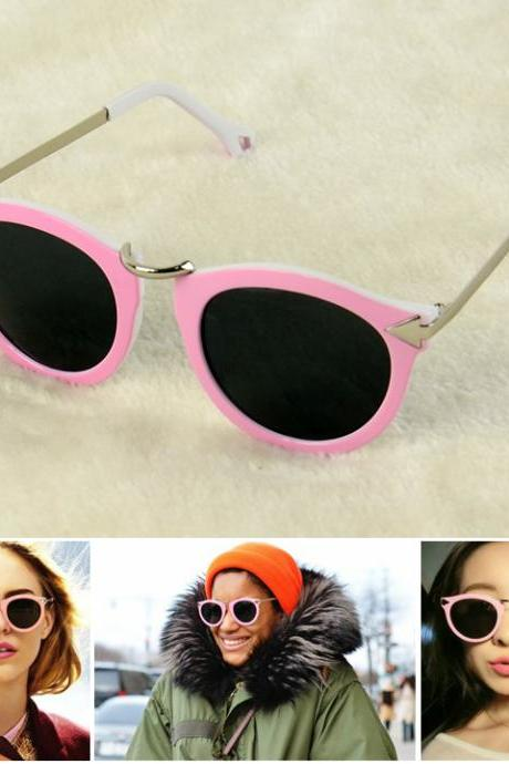 Arrow Decorative UV400 Unisex Sunglasses