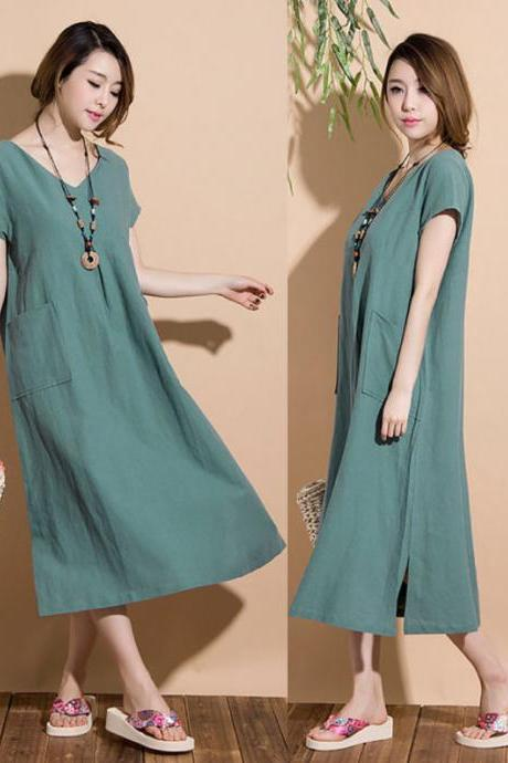 greyish-green loose V-neck short-sleeved dress