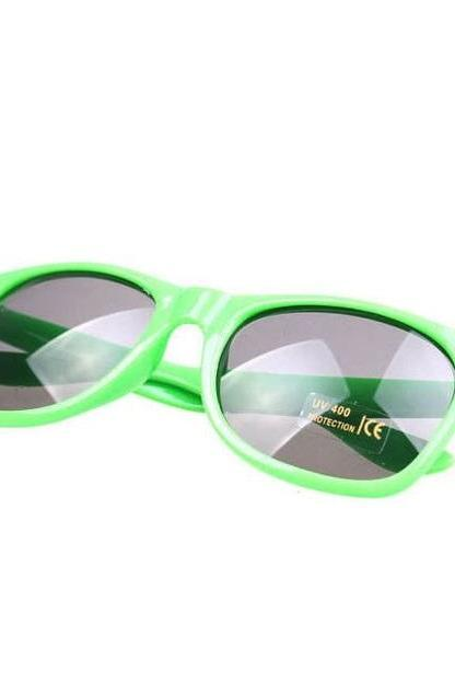 Summer Wayfarer Beach Club Green Retro Sunglasses