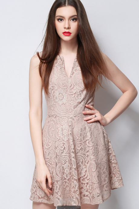 The new summer 2015 lace embroidery dress