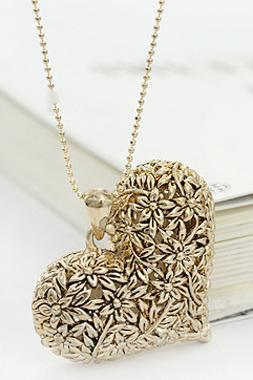 Special Heart Shape Carving Pattern Retro Bronze Necklace