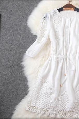 White fashion temperament heavy industry positioning hollow embroidery cultivate one's morality dress