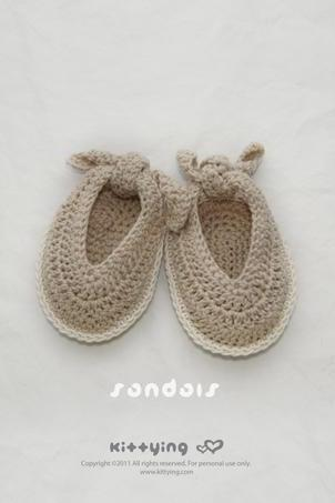 Baby Sandals Crochet PATTERN, SYMBOL DIAGRAM (pdf) by kittying