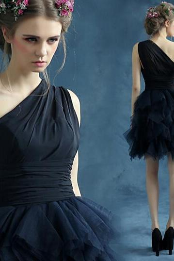 New black one-shoulder wedding dress party dress