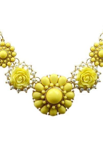 Flower pendants anniversary fashion yellow woman necklace