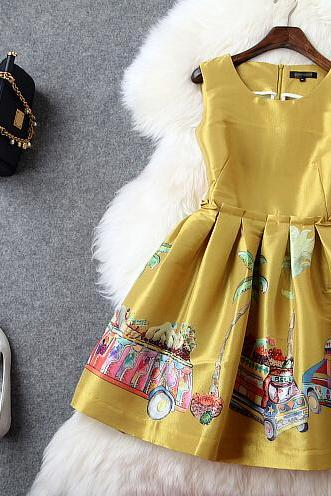 Fashion Positioning Printed Yellow Cultivate One's Morality Dress