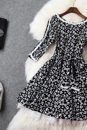 Elegant temperament White printing embroidery round collar cultivate one's morality show thin dress
