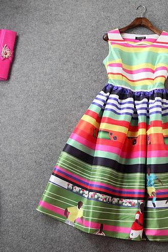 Fashion rainbow printing Cultivate one's morality long dress