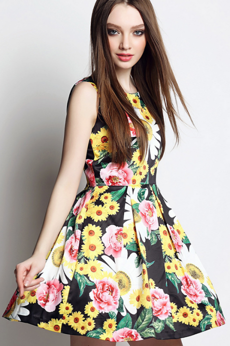 The new printed sleeveless dresses