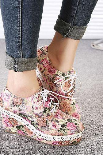 Adorable Floral Design Wedge Lace Up Platform Shoes