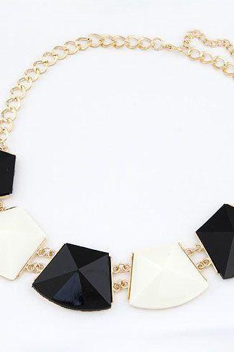Statement Jewelry Luxury Gift White-Black Woman Necklace