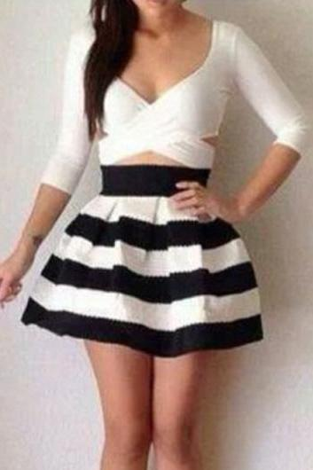 Cute V Neck Striped Flared One Piece Skater Dress