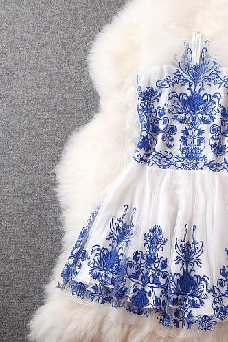 Blue Embroidered Temperament Elegant Cultivate One's Morality Show Thin Dress Dress