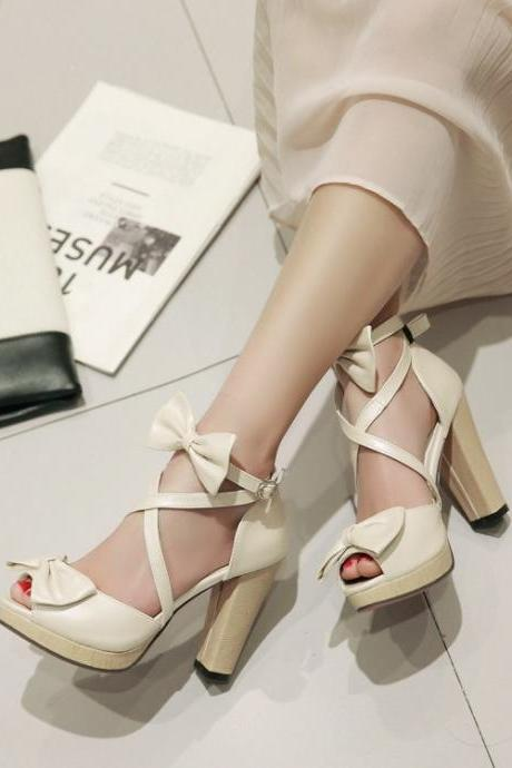 Adorable Strappy Apricot Sandals With Bow