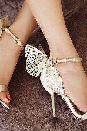Sexy Wings Design High Heels Fashion Sandals In Gold