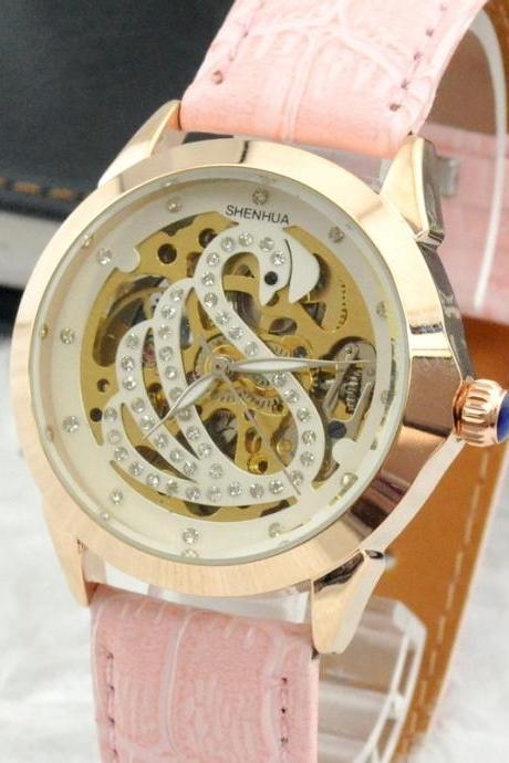 2015 New fashion sexy Women Crystal Decorated Swan Print Round Analog Automatic Wind Watch With Rose Gold Stainless Steel Case Faux Leather Strap