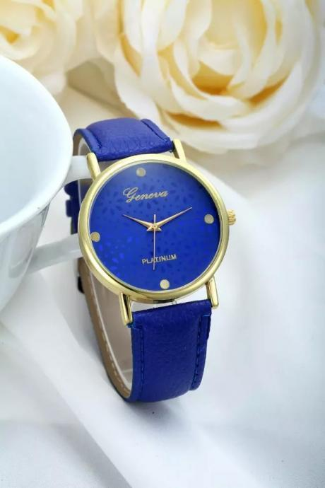 Flower Watch, Blue Leather Watch, Pretty Leather Watch, Bracelet Watch, Vintage Watch, Retro Watch, Woman Watch, Lady Watch, Girl Watch, Unisex Watch, AP00235