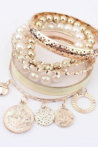 Trendy pearls coins and chain charm white woman bracelet