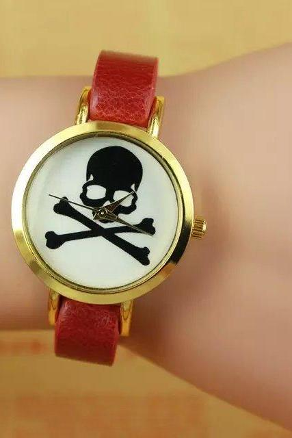 Skull watch, red leather watch, leather watch, bracelet watch, vintage watch, retro watch, woman watch, lady watch, girl watch, unisex watch, AP00260