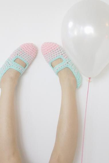 Bubble Gum: Women's Crochet Mary Jane Slipper Socks