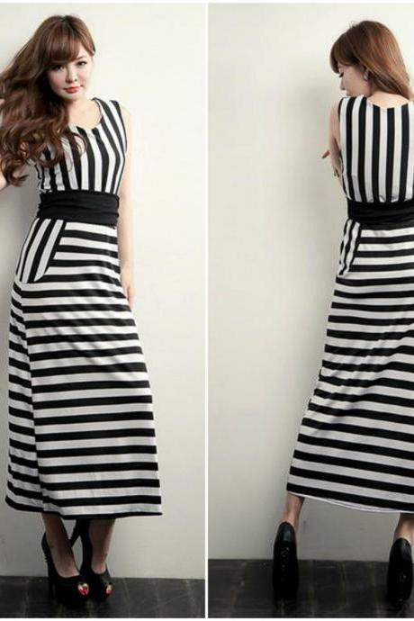 Stretchable Waist Black And White Stripes Maxi Dress