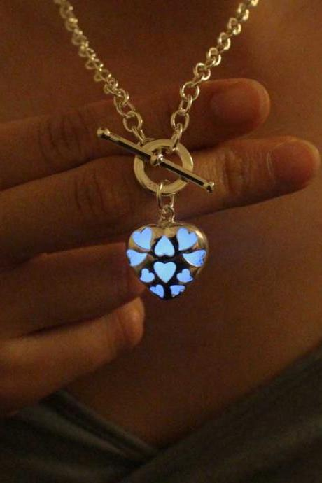 Free Shipping Heart Glowing Necklace, Birthday Gifts, Gifts For Her, Valentine's day