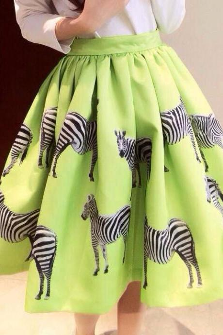 Green Zebra Printed Flared and Pleated Short Skirt