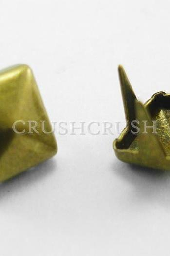 FREE SHIPPING 100x6mm Brass Pyramid Studs Goth Biker Studded Leather Craft S044