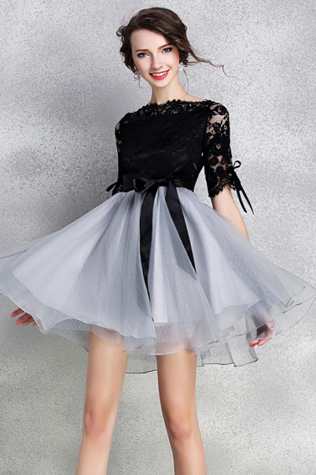 The bow black lace dress